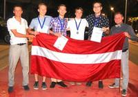 Valsts prezidents sveic Jēkabpils 3.vidusskolas skolēnu Rihardu Borski par izciliem rezultātiem Pasaules ģeogrāfijas olimpiādē
